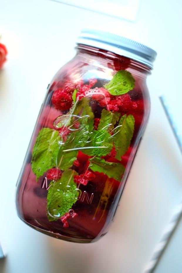 blueberry raspbery mint acai tea